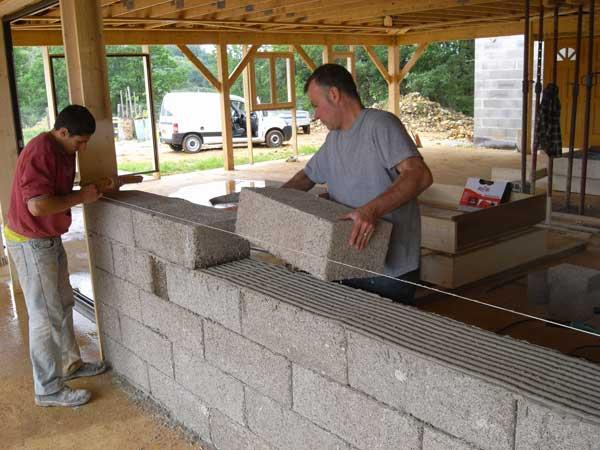 Chanvribloc batisalon salon permanent des professionnels for Construire un mur exterieur